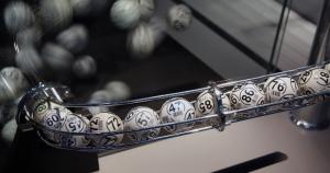 Evita caer en estafas con la Lotería de Navidad antes y después del sorteo